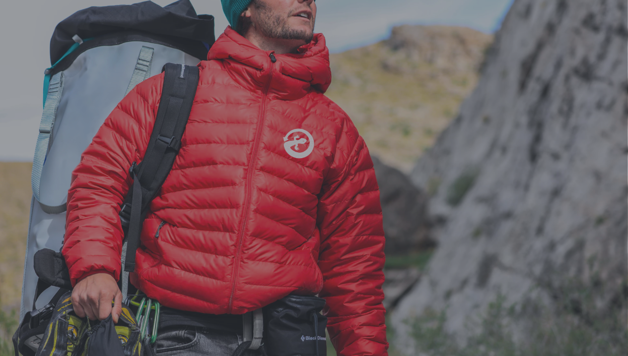 teachnical-apparel-specialist-Renewt-Hiking-Jacket-Logo